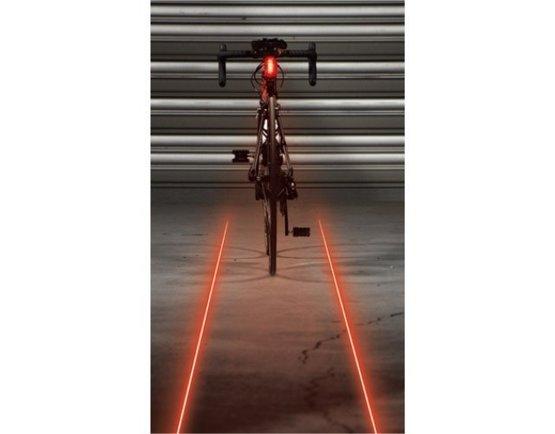 Lezyne Laser Drive Fietsverlichting projecteert 2 strepen achter je op de fiets. Uit voorraad leverbaar EURO 59.90